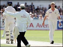 Aleem Dar and Brett Lee