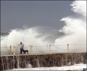 Olas causadas por el hurac�n