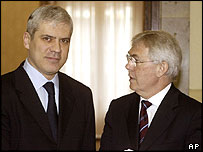 Serbia's President Boris Tadic (left) and Soeren Jessen-Petersen