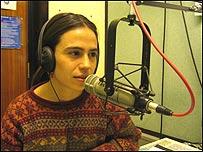Katia Chornik en los estudios de la BBC