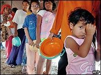 Sobrevivientes del maremoto en Aceh, Indonesia
