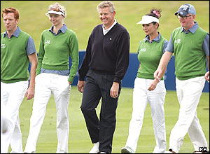 Damien Lewis, Jodi Kidd, Colin Montgomerie, Catherine Zeta-Jones and Chris Evans at the team photocall