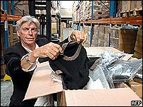 Importers shows Chinese sweaters held up in French warehouse