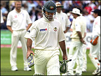 Ricky Ponting leaves the field an unhappy man
