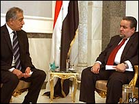 US envoy Zalmay Khalilzad (left) meets Iraq parliament speaker Hajim al-Hassani