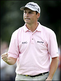 David Howell celebrates his win at the 18th