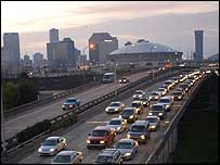 Queues of cars leaving New Orleans