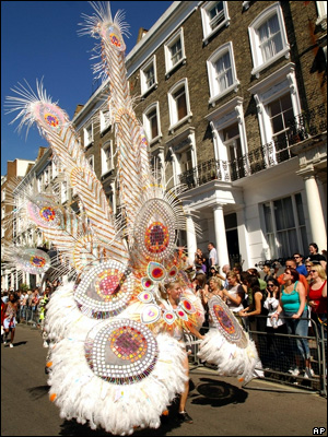 http://newsimg.bbc.co.uk/media/images/40740000/jpg/_40740052_carnival300_1.jpg