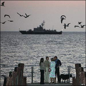 President Putin and wife relaxing by Black Sea with PM Berlusconi and wife, 28 Aug 05