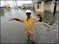 New Orleans resident outside house
