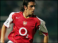 Arsenal midfielder Edu