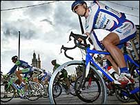The Tour of Britain starts in Glasgow's George Square