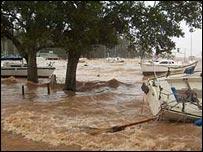 Reader Lee Lerner's picture of Mobile Bay, Alabama