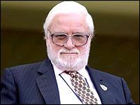 New Leeds chairman Ken Bates