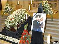 Moshammer's coffin in St Lukas Church, Munich