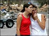 Residents survey hurricane wreckage