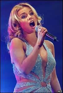 Welsh singer Katherine Jenkins opened the concert.