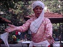 Maaruni dancer