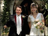 Jools and Christabel Holland on their wedding day