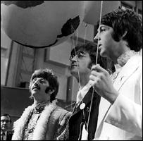 'Биттлз' во время телевизионного шоу 'Наш мир' в 1967 году