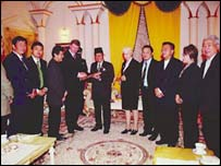Meeting between Malaysian officials and a delegation from the Delphic Organisation (courtesy of the Delphic Organisation)