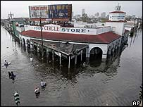 Flooded New Orleans grocery store