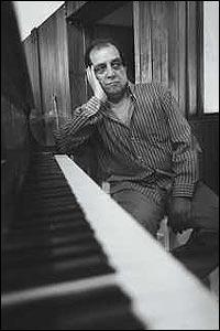 Pianist Samir Peter in the Liberace of Baghdad