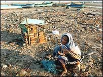 Mourning the dead amongst tsunami debris in Nagapattinam, Tami Nadu
