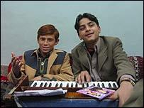 Zeeshan Khan (left) and Tariq Hussain Bacha