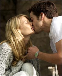 Gwyneth Paltrow and Jake Gyllenhaal in Proof