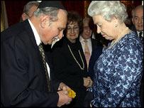 The Queen meets Auschwitz survivor Gabriel Ge Klein