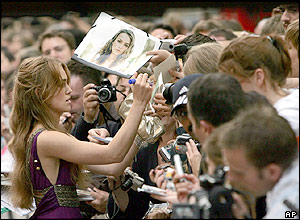 Keira Knightley signs autographs