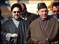 Presidents Khatami of Iran (left) and Karzai of Afghanistan at Dogharun