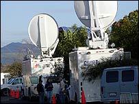 Satellite trucks outside Santa Maria courthouse