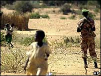AU soldier on guard in Darfur