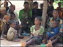 Women and children from CAR awaiting assistance in Mballa village, Chad