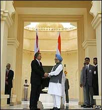 Tony Blair with Manmohan Singh in Udaipur