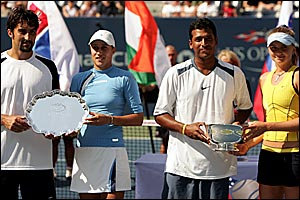 Runners-up Katarina Srebotnik and Nenad Zimonjic line up alongside Mahesh Bhupathi and Daniela Hantuchova