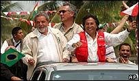 Brazilian President Luiz Inacio Lula da Silva, Bolivian President Eduardo Rodriguez and Peruvian President Alejandro Toledo