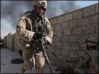 US soldier running for cover in fighting in Telafar 2 September