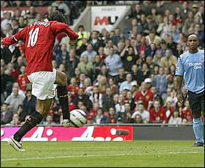 Ruud van Nistelrooy scores for Manchester United