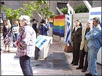 Activista Diana Mides en el acto de inauguración.