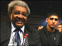 Don King (left) and Amir Khan