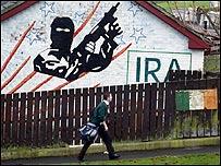 Mural del IRA en Irlanda del Norte