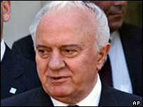 Eduard Shevardnadze on a 1999 visit to Washington