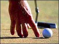Analyse your putt when you arrive on the putting surface