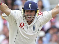 Pietersen hit seven sixes to set a new Ashes record for England