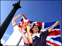 Fans get ready for England's arrival at Trafalgar Square