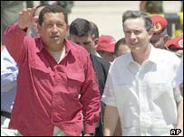 Venezuela's President Hugo Chavez and Colombia's Alvaro Uribe (file photo)