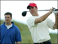 Andrew Strauss and Michael Vaughan play golf